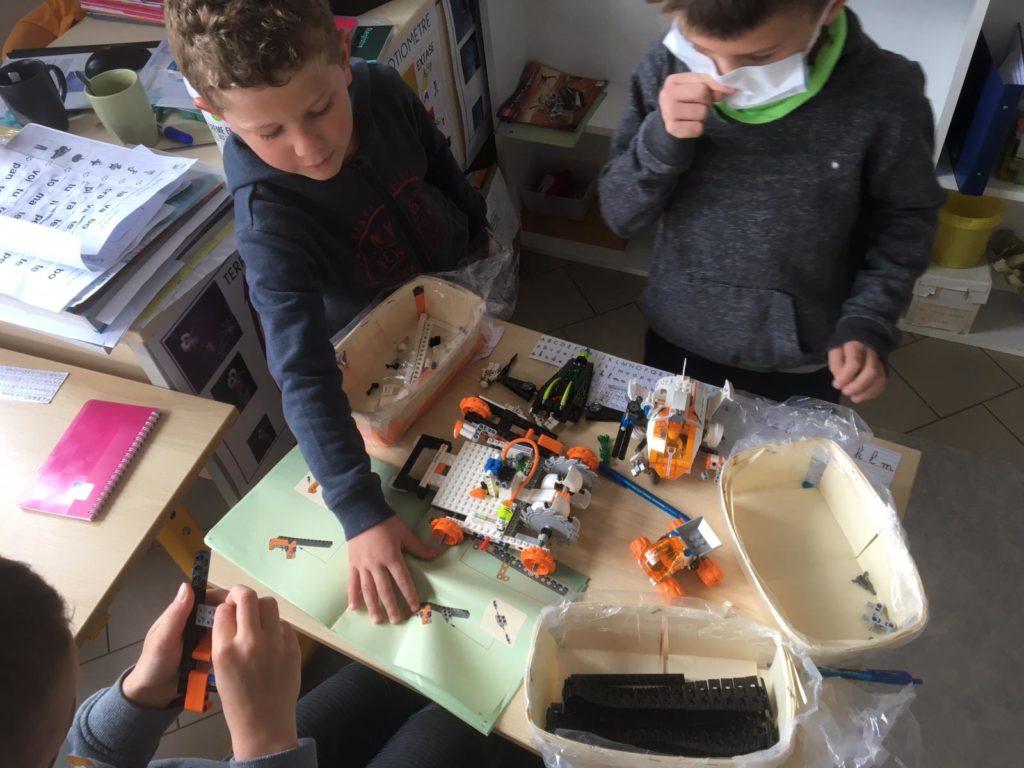 on-construit-des-robots-a-lecole